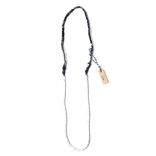 "MIKIA Necklace Painted Snake Beads ""White"""