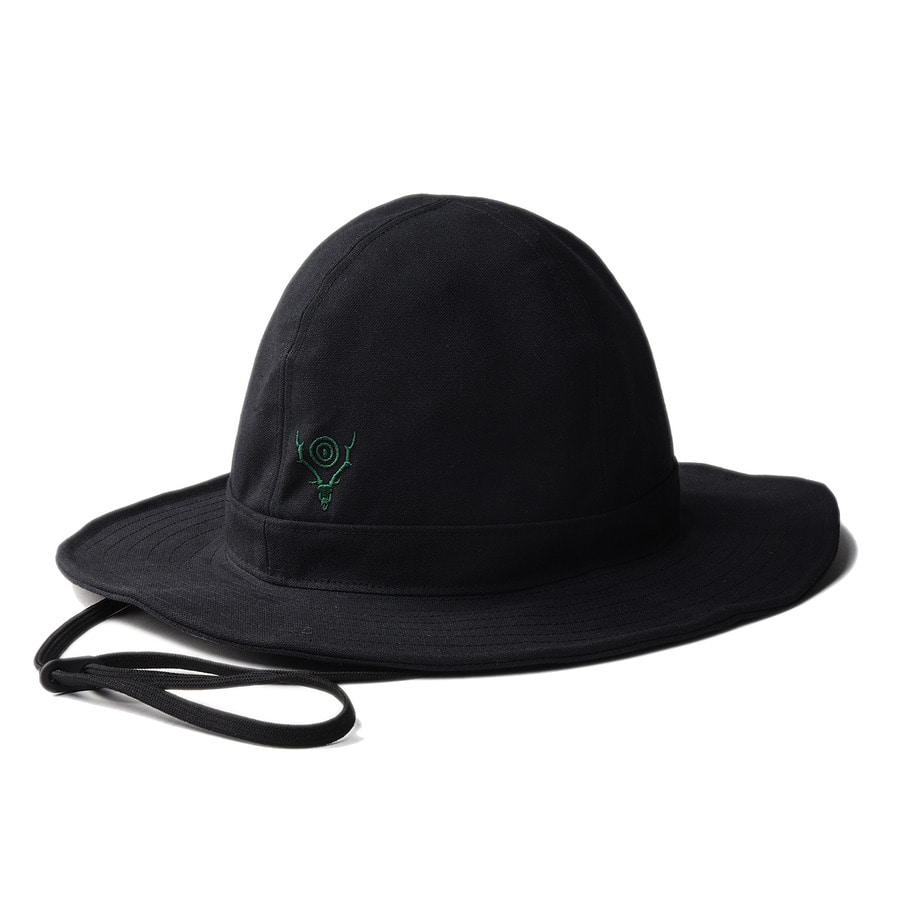 "SOUTH2 WEST8 Crusher Hat (Cotton Canvas / Paraffin Coating) ""Black"""
