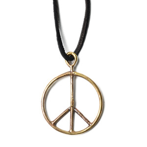 "NEEDLES Peace Pendant ""Deer Cord / Brass"""