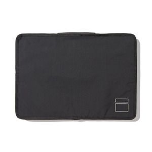 BLANKOF CLG 01 AM13 MacBook Case 15